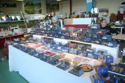 Une collection de voitures miniatures