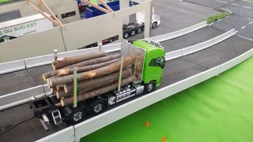 Espace camions au 20eme FAM 2019_11