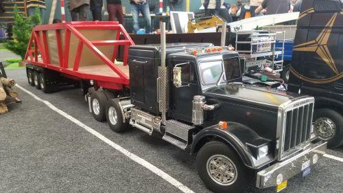 Espace camions au 20eme FAM 2019_5